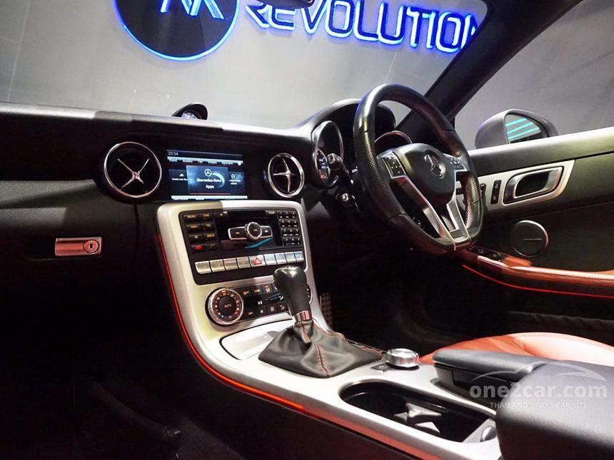 2014 Mercedes-Benz SLK200 AMG Dynamic Convertible