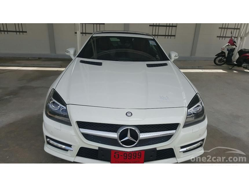 2013 Mercedes-Benz SLK200 Convertible
