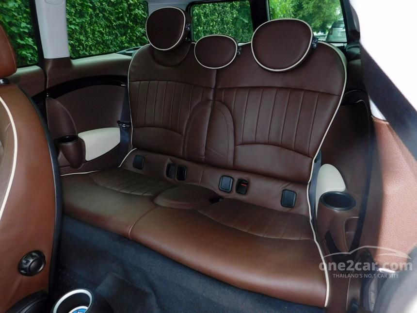 2009 Mini Cooper Clubman Hatchback