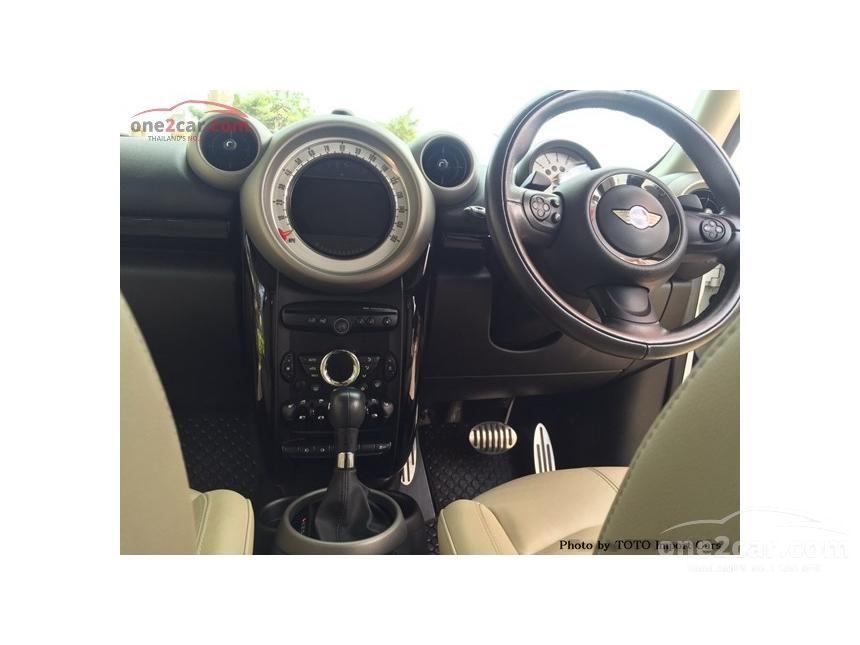 2011 Mini Cooper Countryman Hatchback