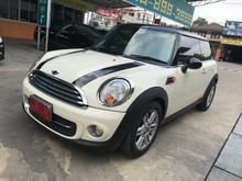 2012 Mini Cooper R56 1.6 AT Hatchback