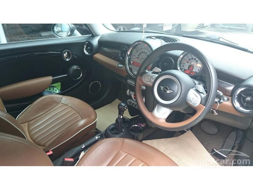 2010 Mini Cooper Hatchback