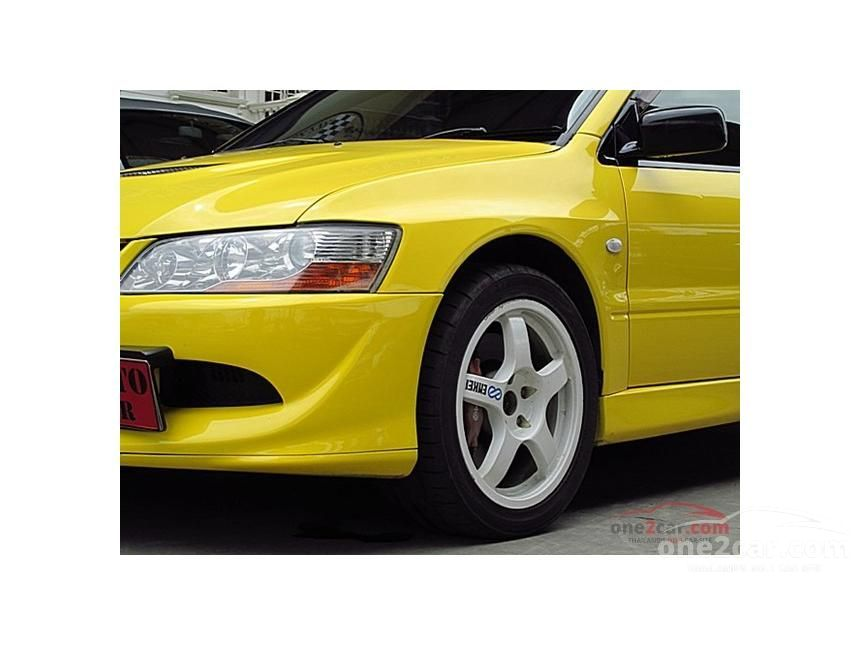 2002 Mitsubishi Evolution VIII Sedan