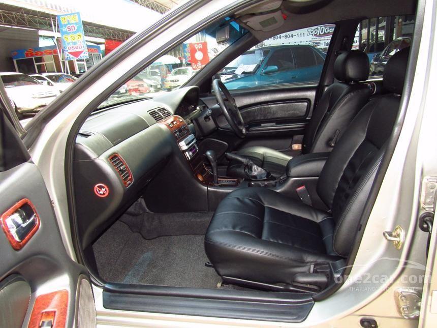 2000 Nissan CEFIRO VQ20 Sedan