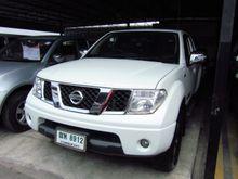 2011 Nissan Frontier Navara KING CAB Calibre 2.5 MT Pickup