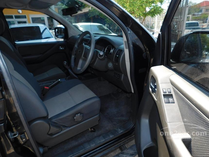2015 Nissan Frontier Navara Calibre Pickup