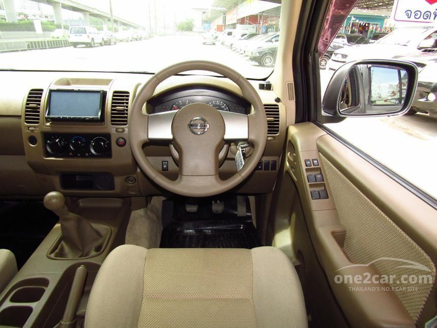 2011 Nissan Frontier Navara Calibre Pickup