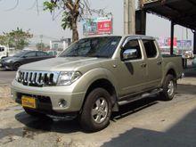 2009 Nissan Frontier Navara 4DR LE 2.5 AT Pickup