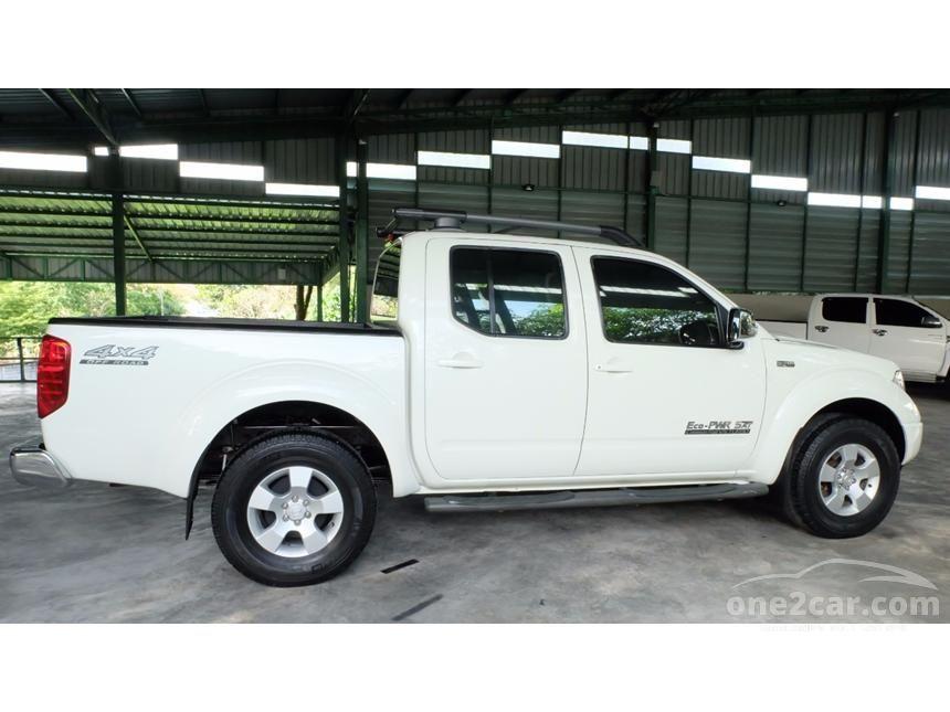 2011 Nissan Frontier Navara LE Pickup