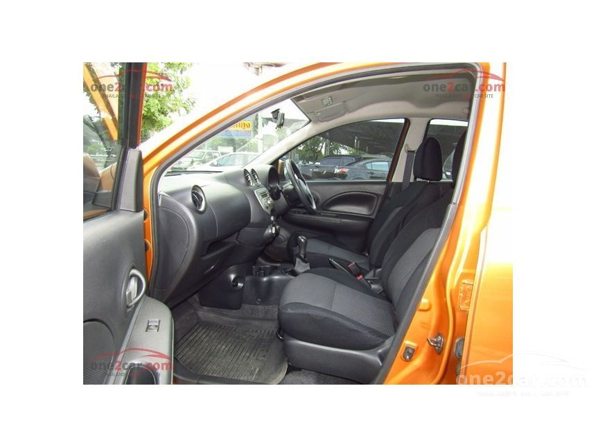 2010 Nissan March E Hatchback