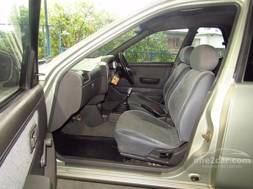 2003 Nissan NV Wing Road Pickup