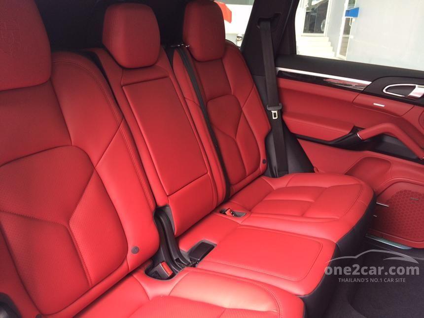 2016 Porsche CAYENNE S E-Hybrid Wagon