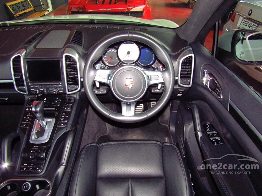 2013 Porsche Cayenne S Hybrid Wagon