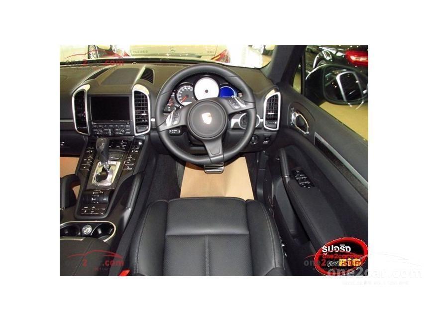 2016 Porsche Cayenne S Hybrid Wagon