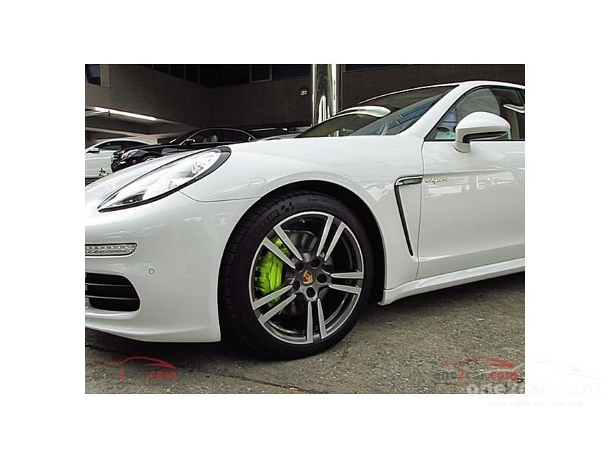 2016 Porsche Panamera S E-Hybrid Sedan