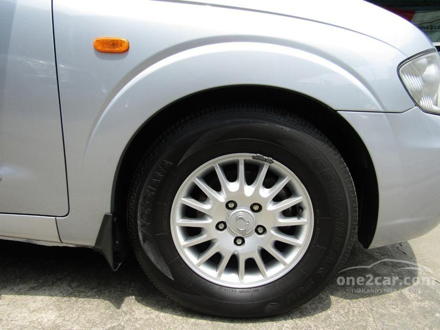 2010 Ssangyong Stavic SV270 Wagon