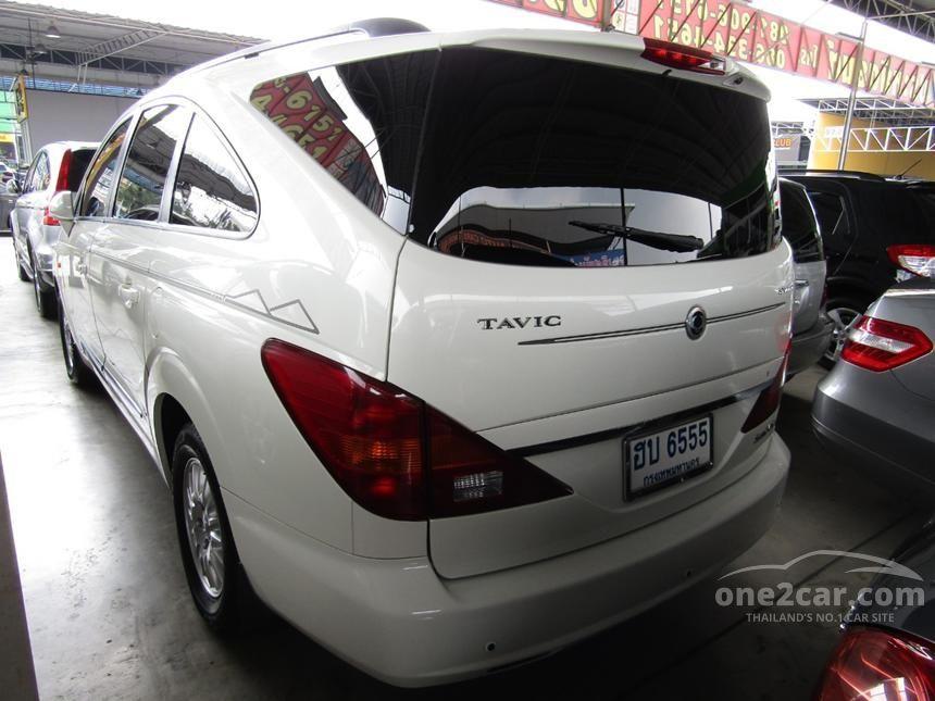 2013 Ssangyong Stavic SV270 Wagon