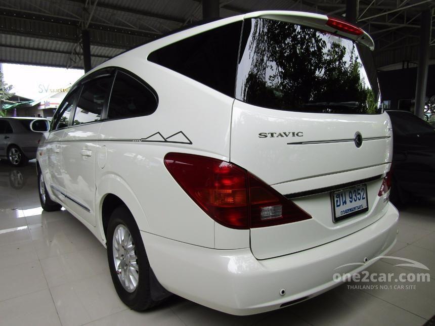 2011 Ssangyong Stavic SV270 Wagon