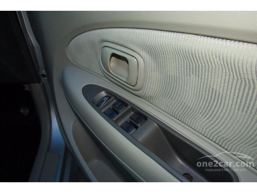 2009 Toyota Avanza E Hatchback