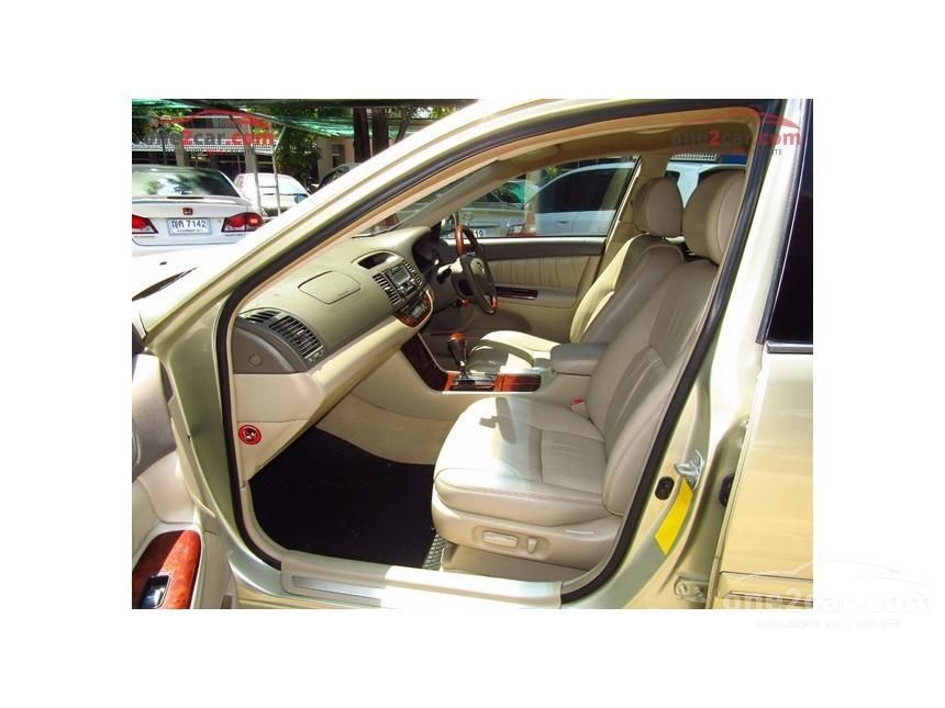 2003 Toyota Camry Q Sedan