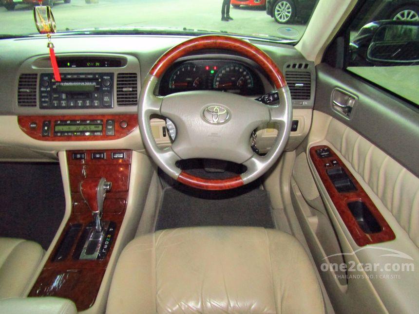 2004 Toyota Camry Q Sedan
