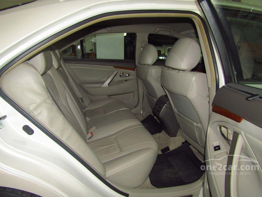 2010 Toyota CAMRY V Sedan