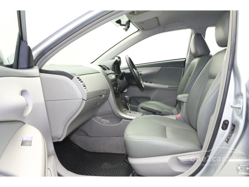 2010 Toyota Corolla Altis J Sedan