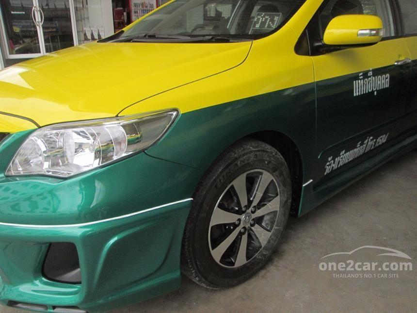 2013 Toyota Corolla Altis J Sedan