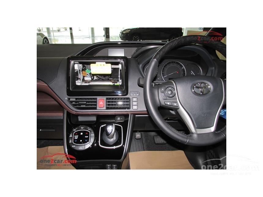 2016 Toyota Esquire Gi MPV