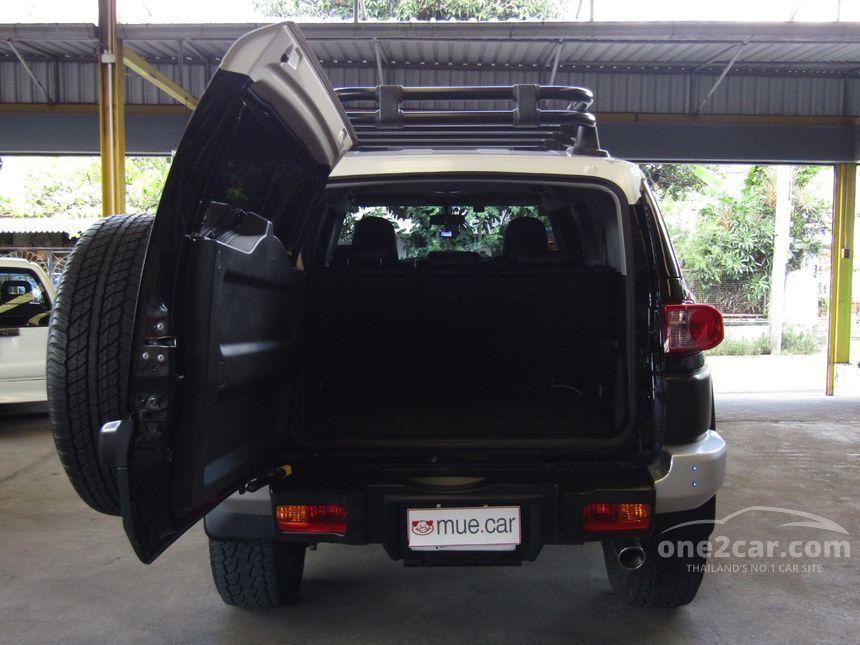 2012 Toyota FJ CRUISER 4x4 Wagon