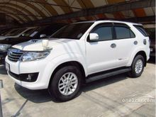 2013 Toyota Fortuner (ปี 12-15) G 2.5 AT SUV