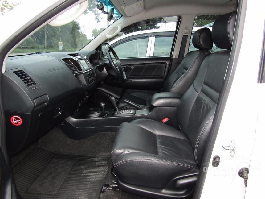 2014 Toyota Fortuner V SUV