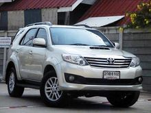 2014 Toyota Fortuner (ปี 12-15) V 3.0 AT SUV