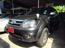 2005 Toyota Fortuner (ปี 04-08) V 2.7 AT SUV