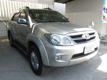 2007 Toyota Fortuner (ปี 04-08) V 2.7 AT SUV
