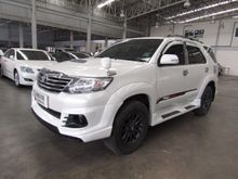 2015 Toyota Fortuner (ปี 12-15) V 3.0 AT SUV