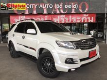 2016 Toyota Fortuner (ปี 12-15) V 2.5 AT SUV