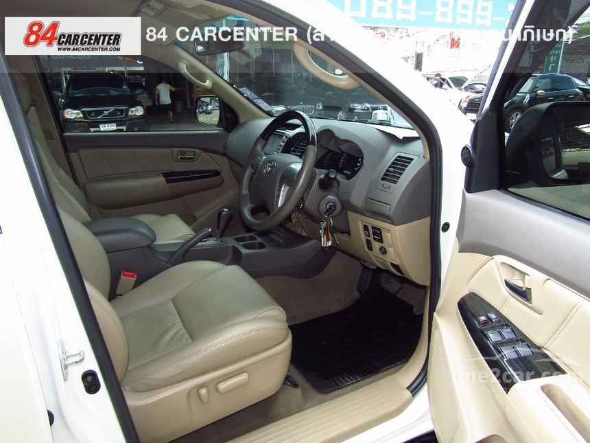 2013 Toyota Fortuner V SUV