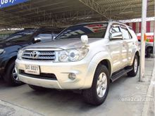 2009 Toyota Fortuner (ปี 08-11) V 2.7 AT SUV