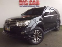 2010 Toyota Fortuner (ปี 08-11) V 2.7 AT SUV