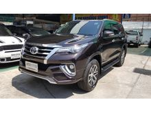 2015 Toyota Fortuner (ปี 15-18) V 2.4 AT Wagon