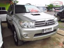 2009 Toyota Fortuner (ปี 04-08) V 3.0 AT Wagon