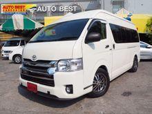 2012 Toyota HIACE Commuter VVT-i 2.7 MT Van