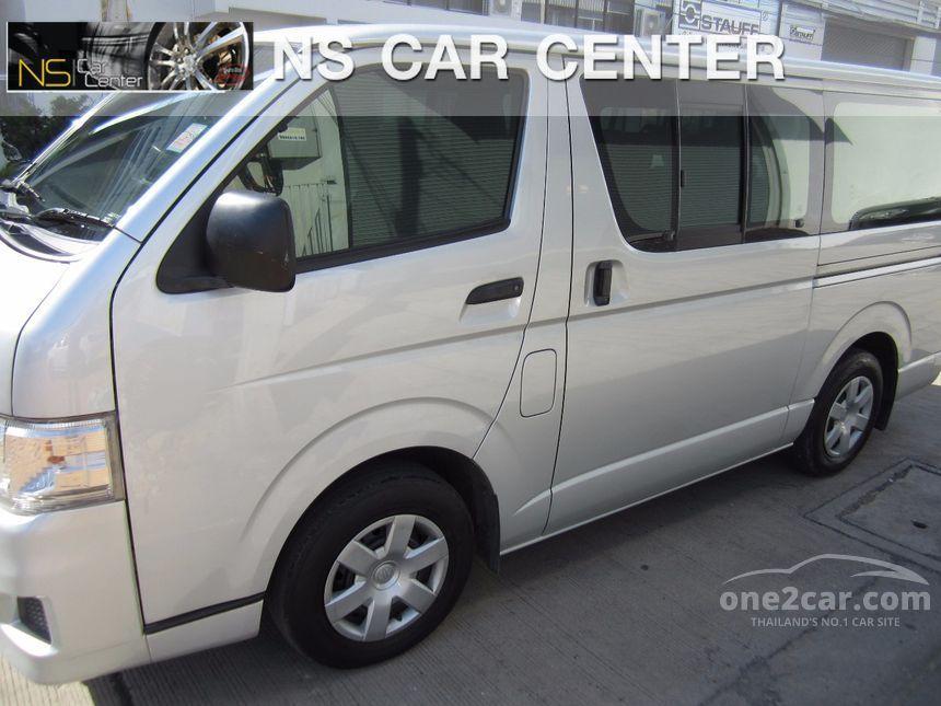 2011 Toyota Hiace D4D Van