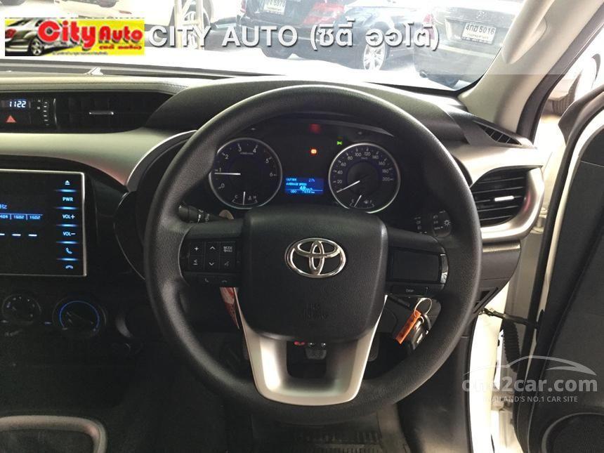 2015 Toyota Hilux Revo E Prerunner Pickup