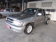 2002 Toyota Hilux Tiger EXTRACAB E 2.5 MT Pickup