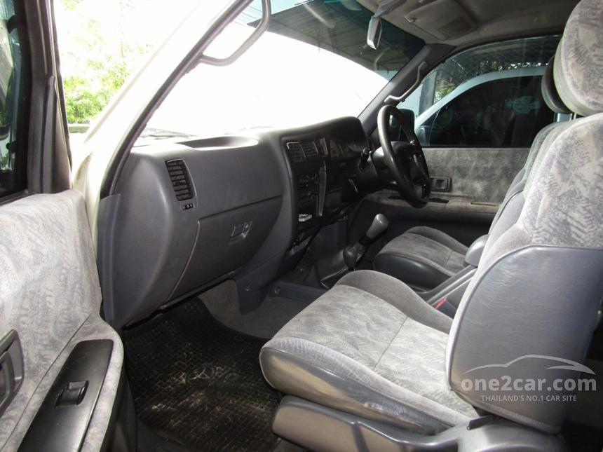 2001 Toyota Hilux Tiger GL Pickup