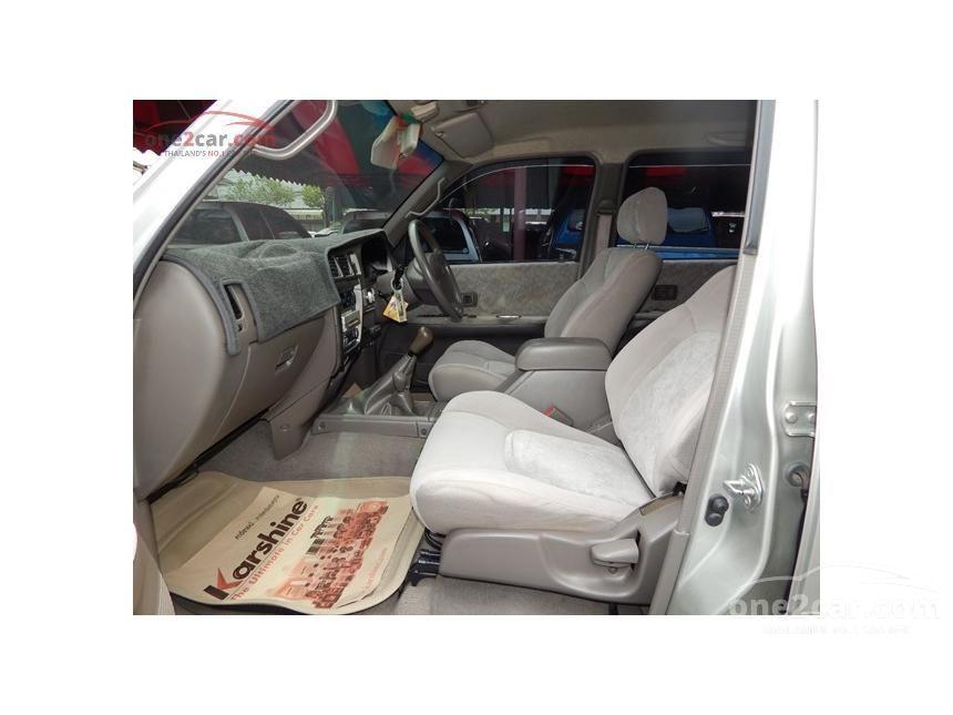 2004 Toyota Hilux Tiger S Pickup