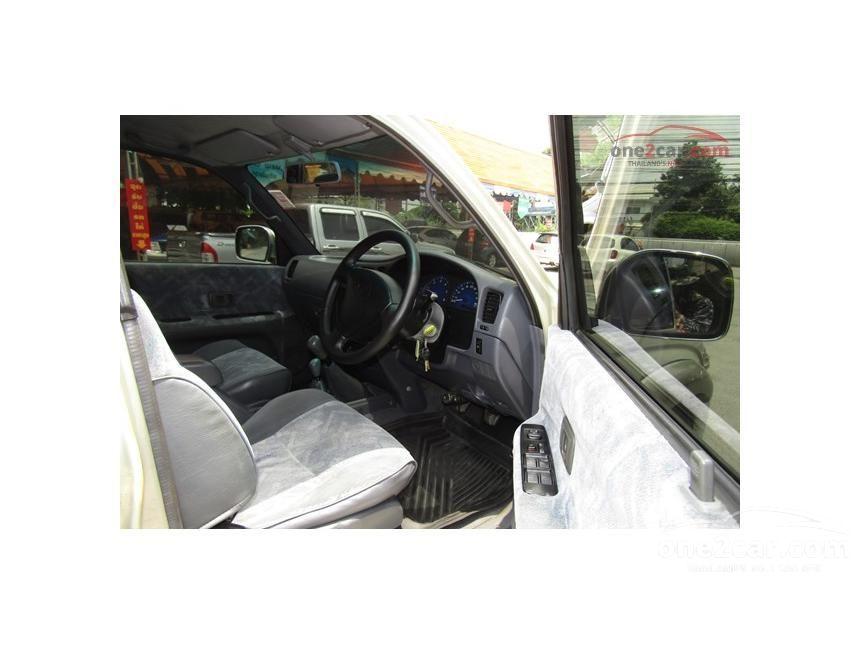 2002 Toyota Hilux Tiger S Pickup