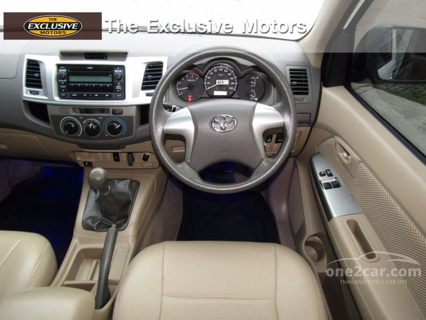 2013 Toyota Hilux Vigo E Pickup